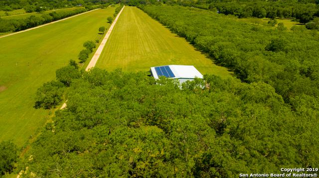 211 Caddell Ln, Seguin, TX 78155 (MLS #1393095) :: Alexis Weigand Real Estate Group