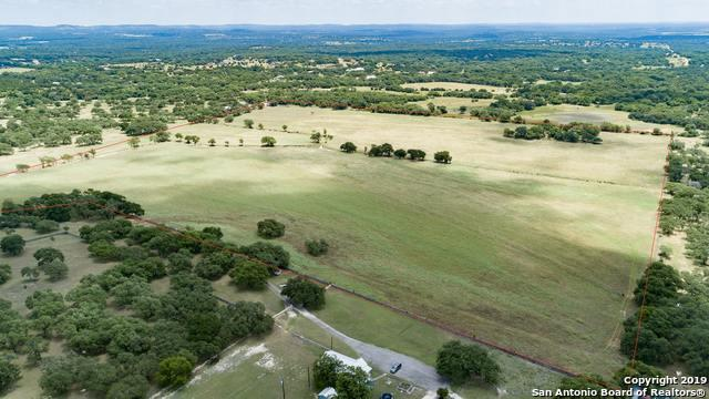 711 Spring Creek Rd, Blanco, TX 78606 (MLS #1393100) :: The Mullen Group | RE/MAX Access