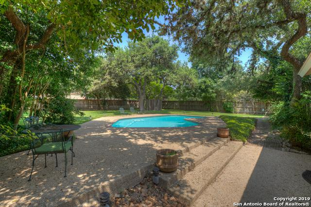 8731 Avator Circle, Fair Oaks Ranch, TX 78015 (MLS #1393178) :: The Gradiz Group