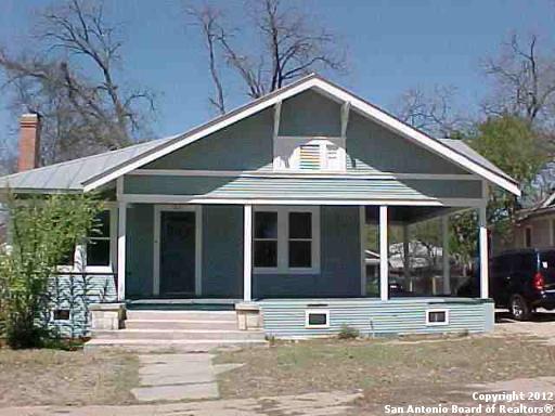 1031 W Mulberry Ave, San Antonio, TX 78201 (MLS #1393211) :: NewHomePrograms.com LLC