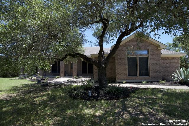 405 Hidden Oaks Dr, Bulverde, TX 78163 (MLS #1393227) :: Magnolia Realty