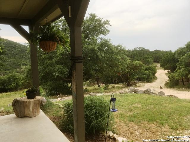 430 Antler Run, Pipe Creek, TX 78063 (MLS #1393235) :: Neal & Neal Team
