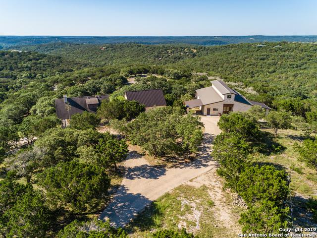 320 Overland Trail, Hunt, TX 78024 (#1393248) :: The Perry Henderson Group at Berkshire Hathaway Texas Realty