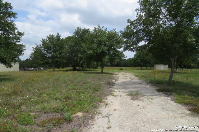 257 Ranch Country Dr, La Vernia, TX 78121 (MLS #1393253) :: Neal & Neal Team
