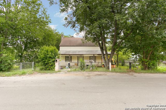 1910 Catalina Ave, San Antonio, TX 78201 (MLS #1393359) :: Alexis Weigand Real Estate Group