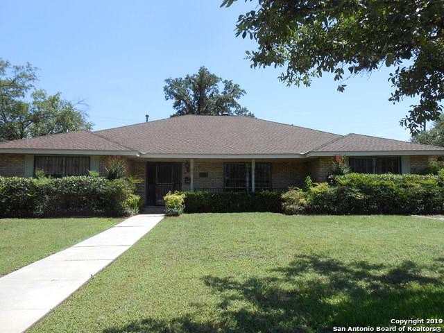 310 Harriet Dr, San Antonio, TX 78216 (#1393462) :: The Perry Henderson Group at Berkshire Hathaway Texas Realty