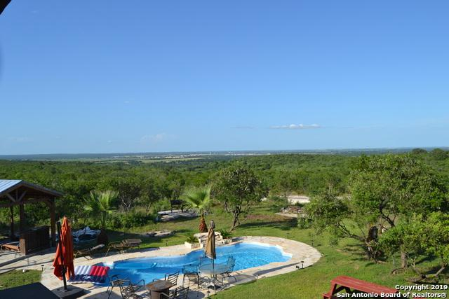 345 Private Road 5754, Castroville, TX 78009 (MLS #1393614) :: Exquisite Properties, LLC