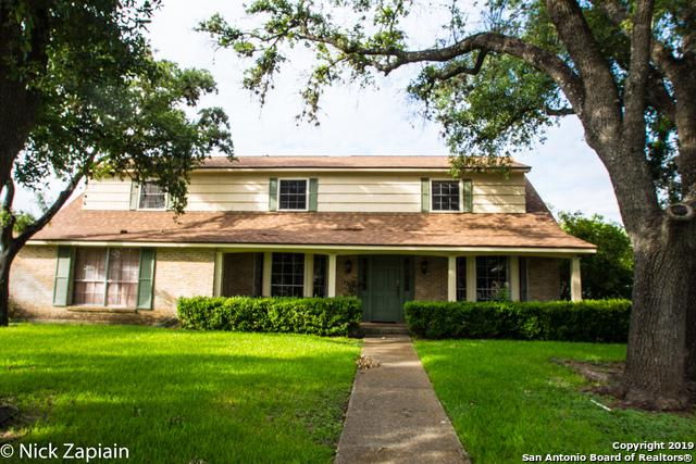 1351 Spanish Oaks, San Antonio, TX 78213 (MLS #1394224) :: Neal & Neal Team