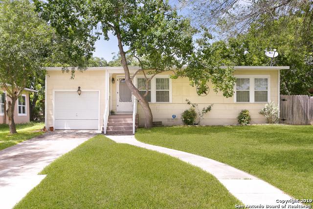 927 Glamis Ave, San Antonio, TX 78223 (MLS #1394504) :: Vivid Realty