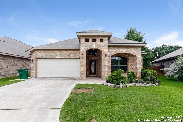 5542 Cross Pond, San Antonio, TX 78249 (#1394526) :: The Perry Henderson Group at Berkshire Hathaway Texas Realty
