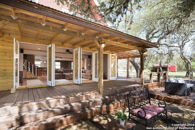 515 Wimberley Oaks Dr, Wimberley, TX 78676 (MLS #1394948) :: Vivid Realty