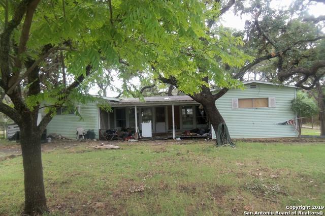 373 11th Street, Lakehills, TX 78063 (MLS #1395027) :: BHGRE HomeCity