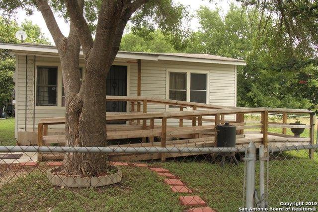 427 Muegge St, San Antonio, TX 78202 (MLS #1395061) :: Tom White Group