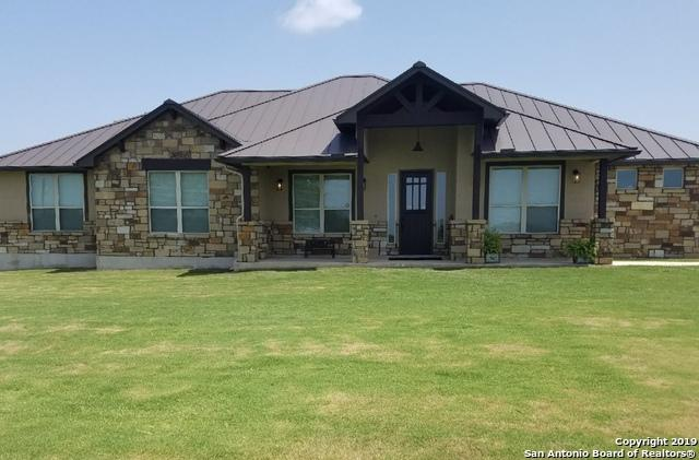 1579 County Road 7711, Devine, TX 78016 (MLS #1395073) :: The Gradiz Group