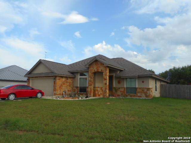 1757 Stone Haven, Pleasanton, TX 78064 (MLS #1395076) :: The Gradiz Group