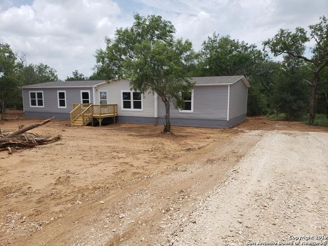 232 Jakes Colony Rd, Seguin, TX 78155 (MLS #1395448) :: BHGRE HomeCity