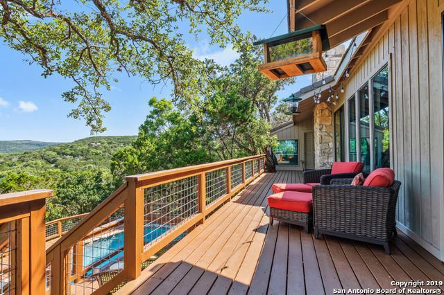 5290 River Oaks Dr, New Braunfels, TX 78132 (MLS #1395769) :: Santos and Sandberg