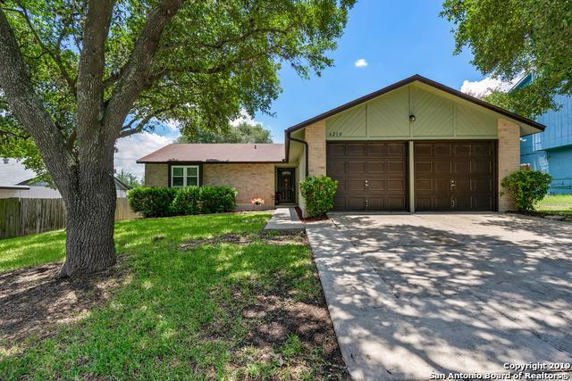 6210 Datewest Circle, San Antonio, TX 78240 (MLS #1395796) :: BHGRE HomeCity