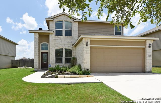 2224 Hazelwood, New Braunfels, TX 78130 (#1395823) :: The Perry Henderson Group at Berkshire Hathaway Texas Realty