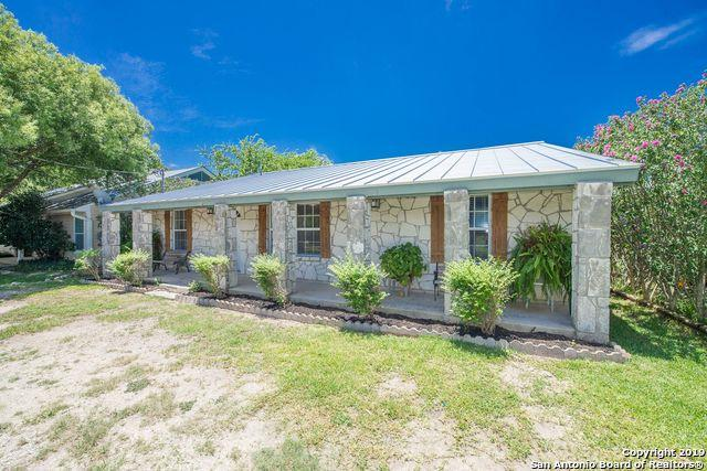 218 Ebner St, Boerne, TX 78006 (MLS #1396366) :: Tom White Group