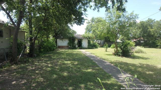 906 Cecelia St, San Antonio, TX 78207 (MLS #1396394) :: BHGRE HomeCity
