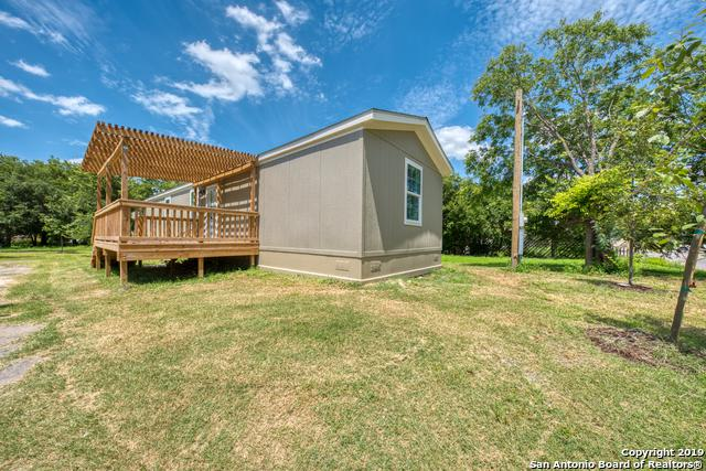 115 Amires Pl, San Antonio, TX 78237 (MLS #1396410) :: Berkshire Hathaway HomeServices Don Johnson, REALTORS®