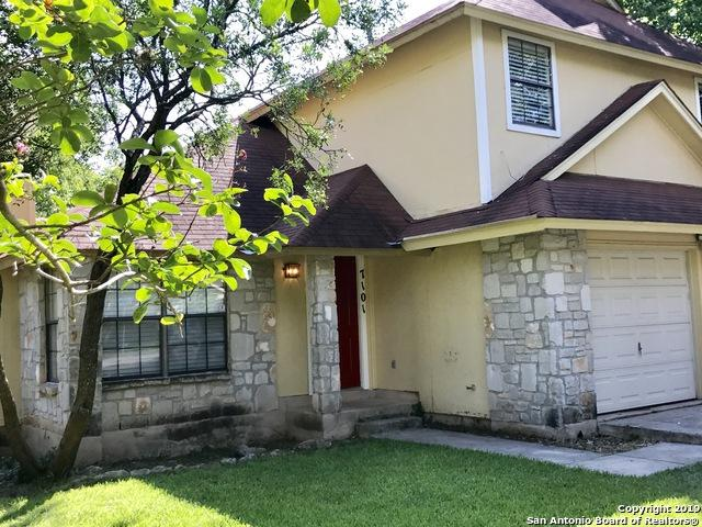 7101 Webbwood Way, San Antonio, TX 78250 (MLS #1396435) :: Laura Yznaga   Hometeam of America