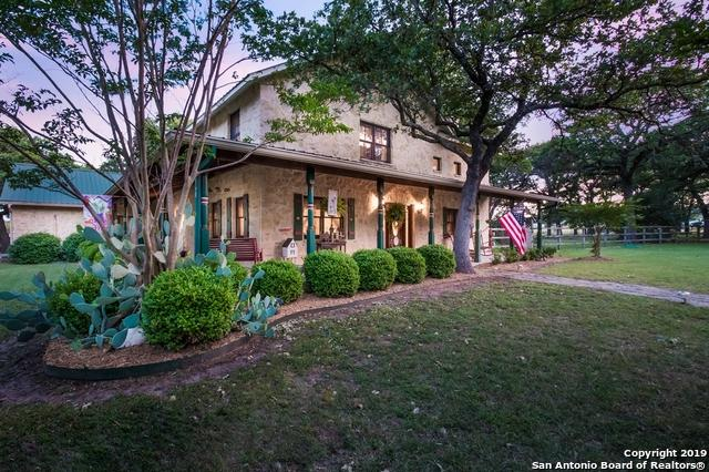 127 Emerald Loop, Fredericksburg, TX 78624 (MLS #1396582) :: Glover Homes & Land Group