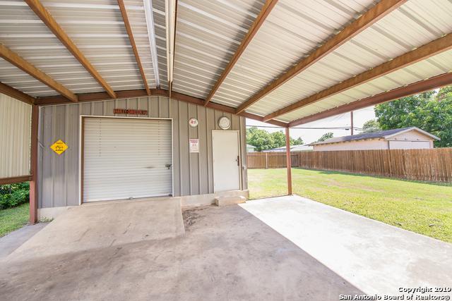 111 Killarney Dr, San Antonio, TX 78223 (MLS #1396611) :: Exquisite Properties, LLC
