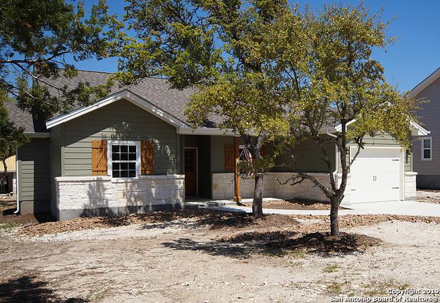 1065 Canyon Shores, Canyon Lake, TX 78133 (MLS #1396762) :: Neal & Neal Team