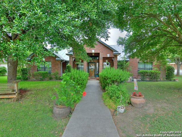 1509 25TH ST, Hondo, TX 78861 (MLS #1396828) :: BHGRE HomeCity