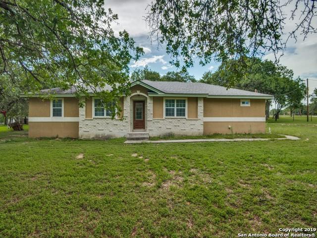 1005 Vista Verde, Adkins, TX 78101 (MLS #1396872) :: Brandi Cook Real Estate Group, LLC