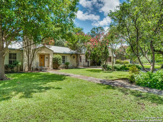 107 E Hermosa Dr, Olmos Park, TX 78212 (MLS #1396888) :: Reyes Signature Properties