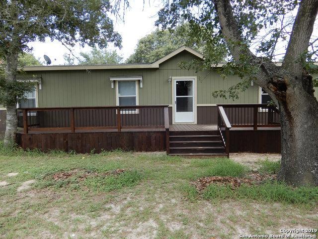 1010 Eagle Crest Dr, Floresville, TX 78114 (MLS #1396944) :: The Mullen Group | RE/MAX Access
