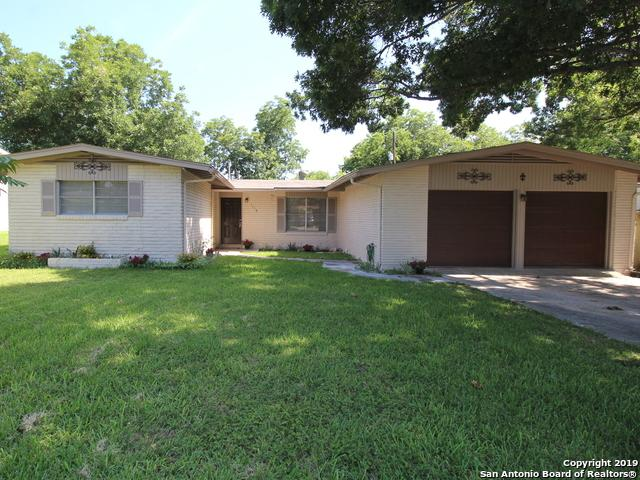 1110 Mt Serolod Dr, San Antonio, TX 78213 (MLS #1397134) :: Exquisite Properties, LLC