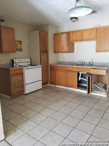 4754 Swann Ln, Kirby, TX 78219 (MLS #1397198) :: BHGRE HomeCity
