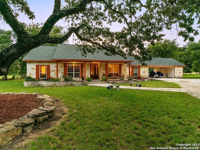191 Oak Hollow Ln, Bandera, TX 78003 (MLS #1397310) :: BHGRE HomeCity