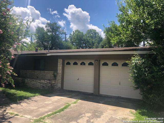 318 E Lindbergh Blvd, Universal City, TX 78148 (MLS #1397334) :: The Gradiz Group