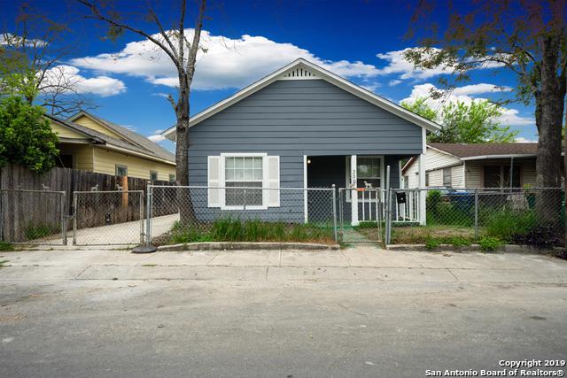 230 Micklejohn St, San Antonio, TX 78207 (MLS #1397467) :: The Castillo Group