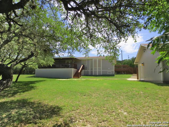 150 Oak Forest Ln, Lakehills, TX 78063 (MLS #1397577) :: Neal & Neal Team