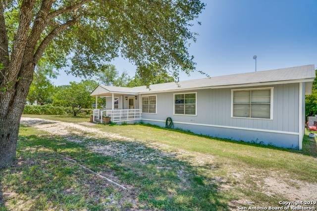 244 Creeks End Dr, Floresville, TX 78114 (MLS #1397646) :: The Mullen Group | RE/MAX Access