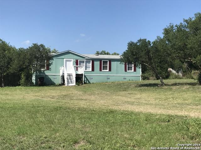 1110 County Road 4511, Hondo, TX 78861 (MLS #1397876) :: BHGRE HomeCity