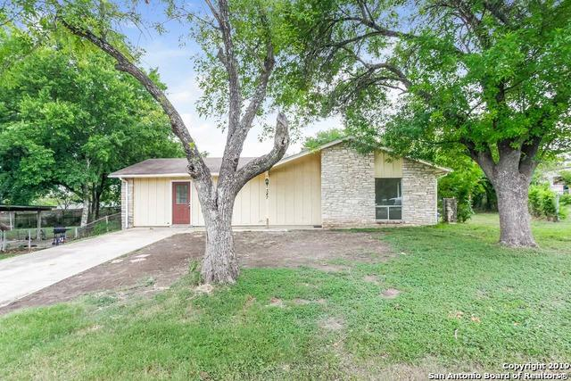 347 Cherrywood Ln, Live Oak, TX 78233 (MLS #1398001) :: BHGRE HomeCity