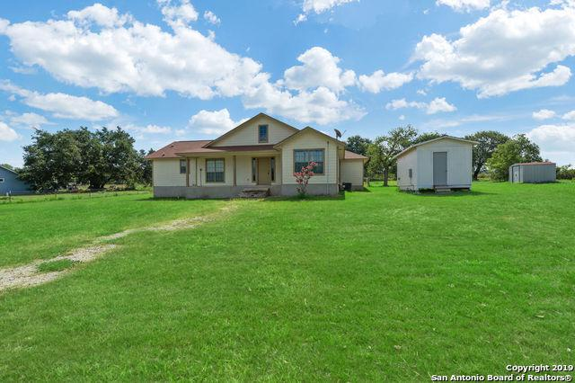 106 Mcconnell Rd, Somerset, TX 78069 (MLS #1398108) :: The Mullen Group | RE/MAX Access
