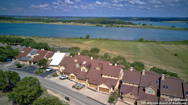 1000 Parkview Dr, Canyon Lake, TX 78133 (MLS #1398186) :: The Gradiz Group