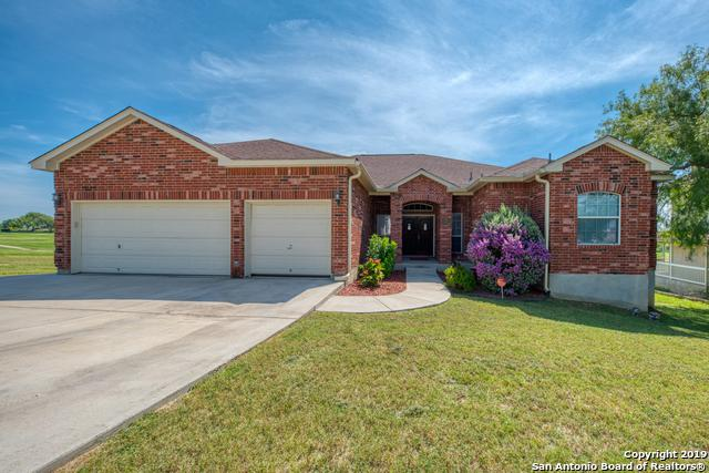 128 Grand View, Floresville, TX 78114 (MLS #1398354) :: BHGRE HomeCity