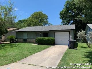 6751 Middle Oaks Dr, San Antonio, TX 78227 (MLS #1398393) :: BHGRE HomeCity