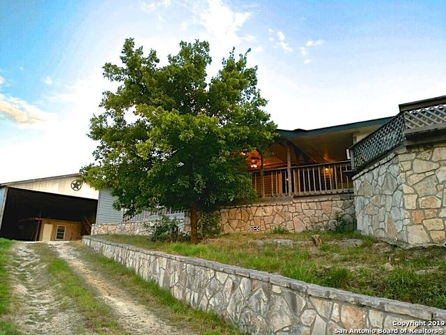 173 Ten West Dr, Comfort, TX 78013 (MLS #1398471) :: ForSaleSanAntonioHomes.com