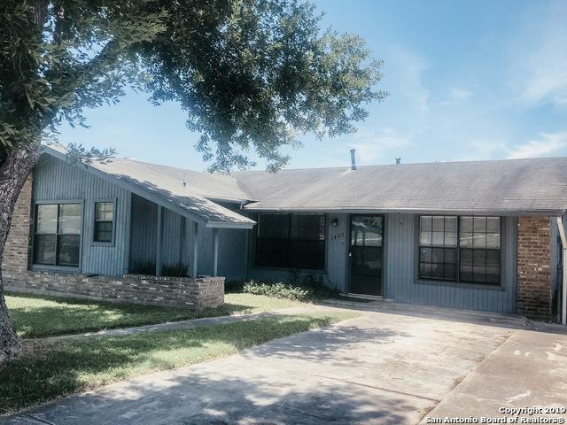 1422 W Ansley Blvd, San Antonio, TX 78224 (#1398540) :: The Perry Henderson Group at Berkshire Hathaway Texas Realty