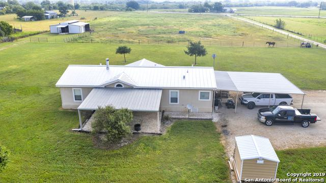 10758 Fm 775, La Vernia, TX 78121 (MLS #1398723) :: Alexis Weigand Real Estate Group